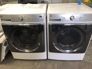 KENMORE electric front loaders washer and dryer for Sale in Palmdale, CA