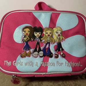 Bratz Dolls Lunch Box for Sale in Vancouver, WA