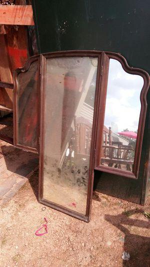 Antique mirror for Sale in Pleasant Garden, NC