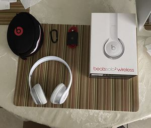 Beats Solo 2 wireless USED for Sale in Riverview, FL
