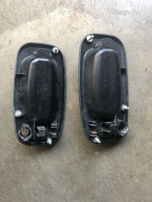 Silverado 99-06 two front door handles for Sale in El Monte, CA