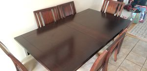 Dining Table for Sale in HILLTOP MALL, CA