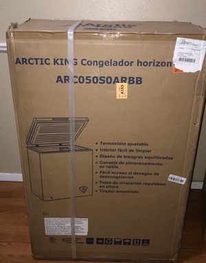 Arctic King 5 Cu. Ft. Chest Freezer - Black (WHS-185C1WSB) for Sale in Houston, TX