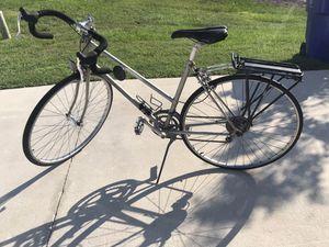 Schwinn road bike for Sale in Lake Placid, FL