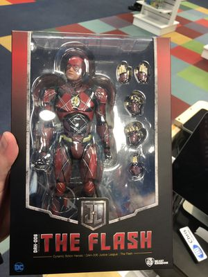 FLASH STATUE WITH STAND AND ACCESSORIES for Sale in Tigard, OR
