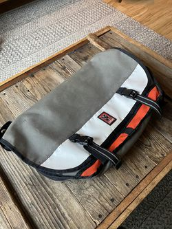 Chrome Industries Citizen M Messenger Bag for Sale in Portland,  OR