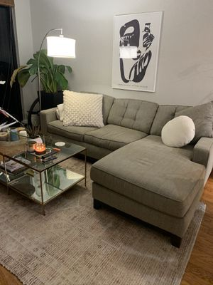 Macy's gray sleeper sectional for Sale in Miami, FL