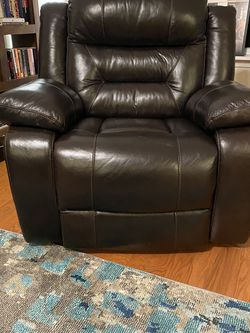 Leather recliner- electric for Sale in Raleigh,  NC