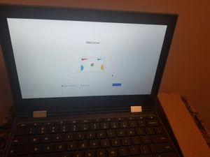 Lenovo 300e chromebook Touchscreen 2 in 1 laptop for Sale in Bridgeport, CT