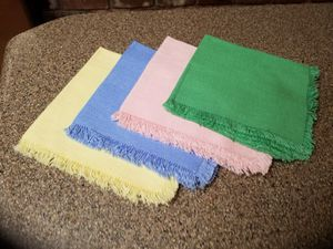 Vintage colorful cloth napkins for Sale in Medford, OR