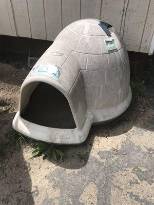 Dog igloo for Sale in Detroit, MI