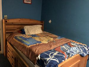 Rento un cuarto for Sale in Hyattsville, MD