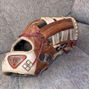 Baseball Fielding Glove for Sale in Queen Creek, AZ