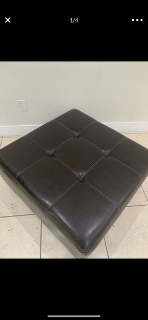 Brown Foot Stool Ottoman Fo Leather for Sofa Chair or Couch for Sale in Hallandale Beach, FL