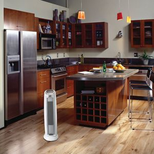 Portable Electric Fan Tower Heater with Thermostat for Sale in Los Angeles, CA