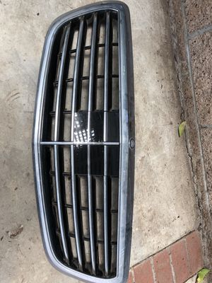 Mercedes S550 year 2013-2016 upper grille part for Sale in Westminster, CA