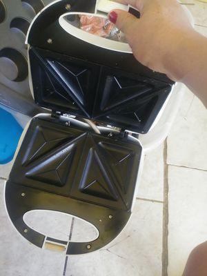 Tostador .para pan for Sale in Riverside, CA