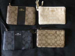 4 brand new coach wristlets never used originally $78 selling each for $45 tags included for Sale in Antioch, CA
