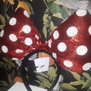 Disney Authentic Oversized Minnie Mouse Ears for Sale in Upland, CA