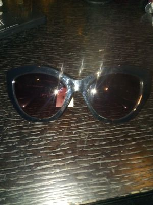 Balenciaga sunglasses for Sale in Seattle, WA