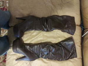 Womens boots for Sale in Modesto, CA