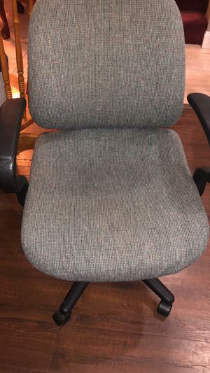 Office chair for Sale in Bowie, MD