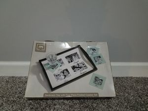 Melannco Sentiment Tray with Coaster Set for Sale in Ashburn, VA