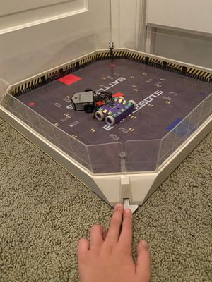 Battle Bots with Fighting Arena - Toy for Boys for Sale in Phoenix, AZ