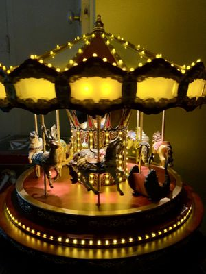 Mr. Christmas Marquee Grand Carousel for Sale in Columbia, MO