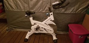 L Now Indoor Cycling Bike - Professional Home Cardio Gym Sports HIIT Training System with Pulse and LCD Display for Sale in Brook Park, OH