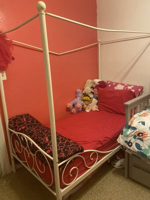 Twin size bed for sale for Sale in The Bronx, NY