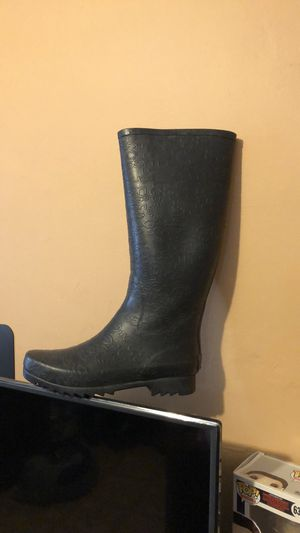 Ugg rain boots for Sale in Huntington Park, CA