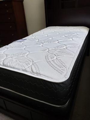NEW PLUSH TWIN MATTRESS WITH BOX SPRING 🆕️ ALL SIZES IN STOCK♨️ Bed frame isn't available for Sale in Lake Worth, FL