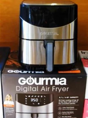 Gourmia 6 Qt quartz digital touch LCD display no oil healthy living eating air fryer for Sale in Montebello, CA
