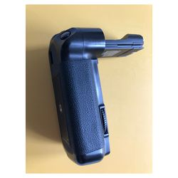 Canon 5D Mark II Battery Grip - BG-E6H - Excellent for Sale in Beverly Hills,  CA