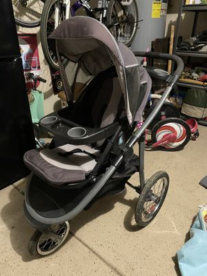 Jogging stroller for Sale in Goodyear, AZ