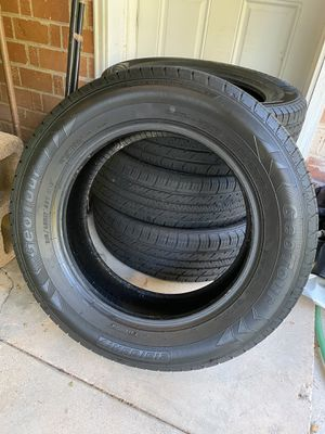 Geotour tires brand new 215/65R17 for Sale in Phoenix, AZ