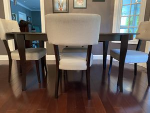 Dining room table set with chairs for Sale in St. Louis, MO