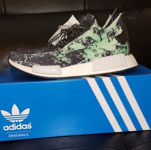 Adidas NMD R1 pk size 8.5 for Sale in Miami, FL