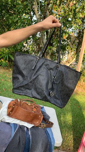 Michael Kors tote bag! for Sale in Pasadena, TX