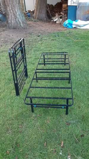 Easily collapsible bed frames for Sale in Sumner, WA