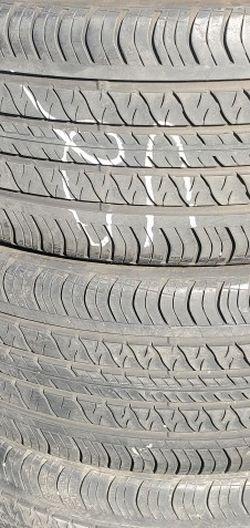 235/40r19 Continental Tires En Exelentes Condiciones De Vida Las 4 for Sale in Cerritos,  CA