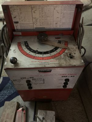 Century AC / DC 220 Volt Welder 5-in-1 250 amp / 295 amp for Sale in Levittown, PA