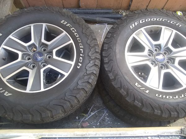 Rima 17 ford f 150 and tires. 275/70R18