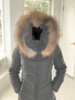 "Moncler ""Fulmarus"" Women's size (Large) for Sale in Farmingville, NY"