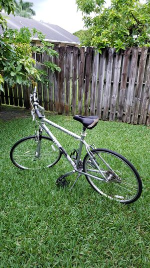 Giant cypress LX bike for Sale in LAUD LAKES, FL