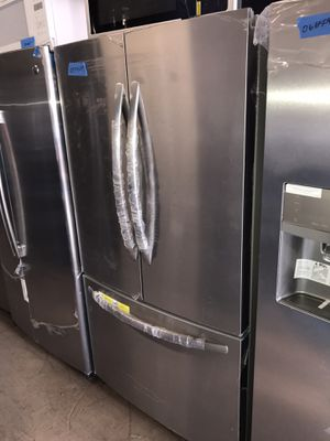 New French Doors Refrigerator 6 months warranty for Sale in Baltimore, MD