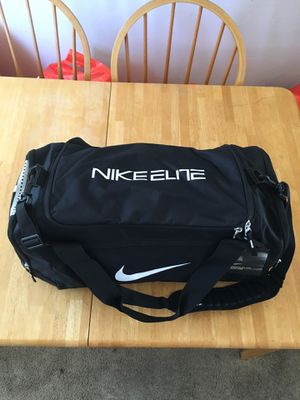 Brand new Nike elite hoops max air duffel bag basketball gym school for Sale in La Mesa, CA