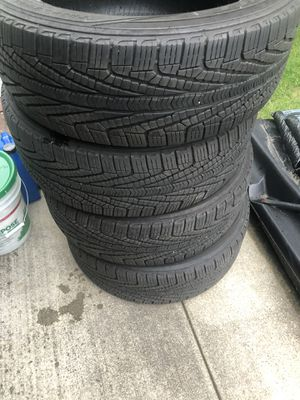 Goodyear assurance tires p245 55r 19 for Sale in Des Plaines, IL