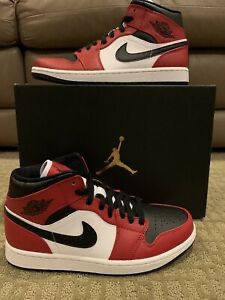 Jordan 1s mid Chicago toe for Sale in Macomb, MI